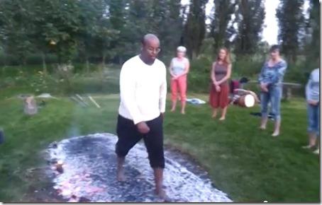 marche Norbert sur le feu